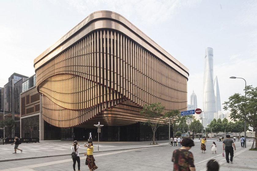 آشنایی با معماری دیدنی از نورمن فاستر در مرکز تجاری بوند شانگهای