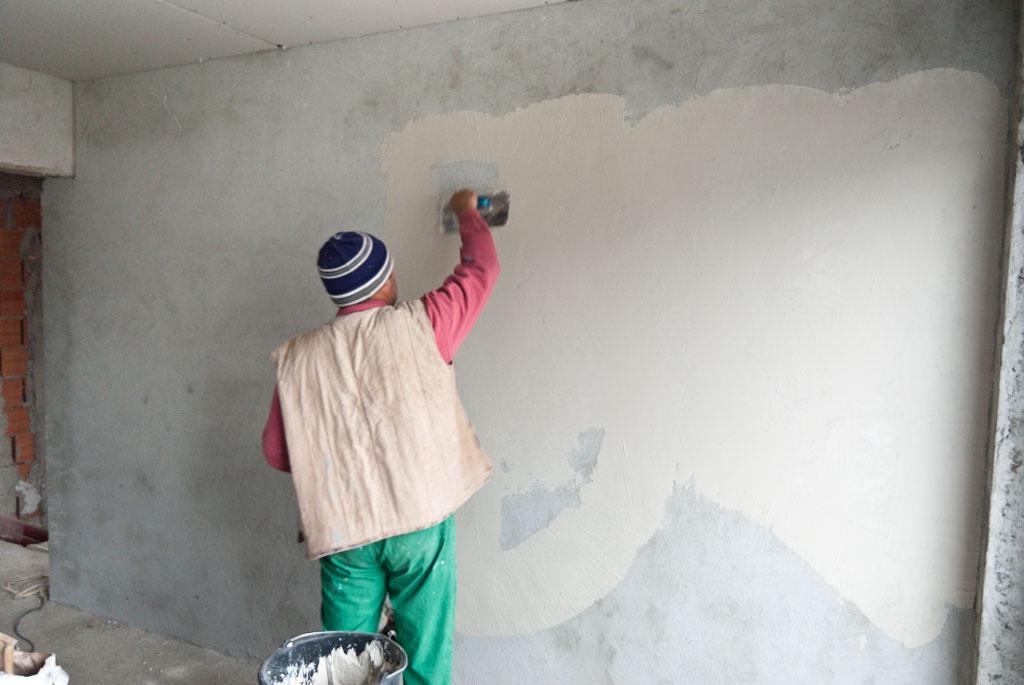 چگونه گچ دیوار را ترمیم کنیم؟