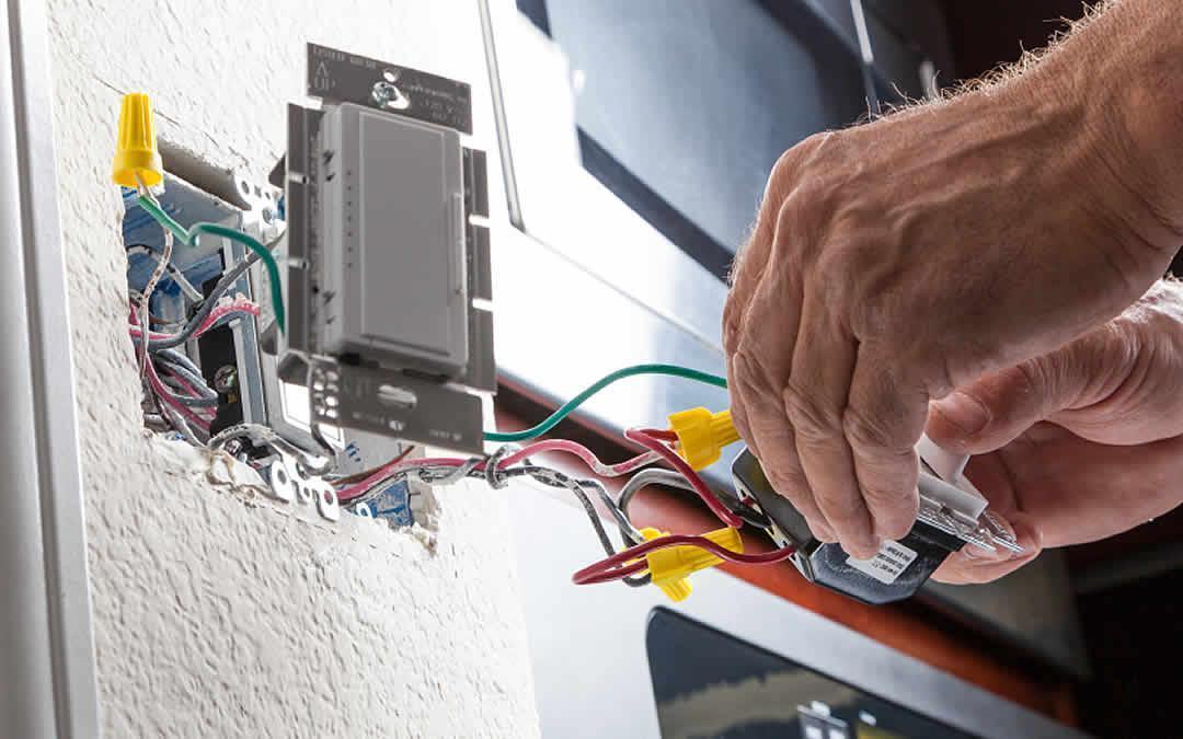 تعمیرات برق کشی در فرایند بازسازی
