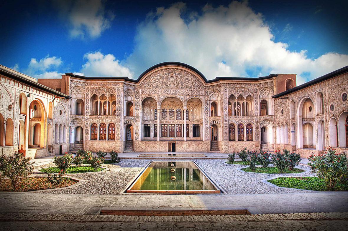 بازسازی خانه به سبک ایرانی
