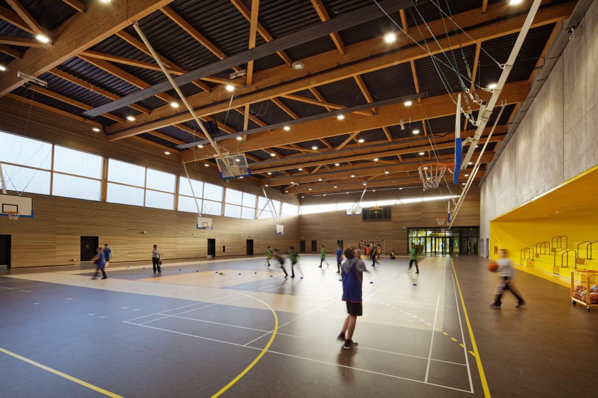 نکاتی در مورد بازسازی سالن ورزشی